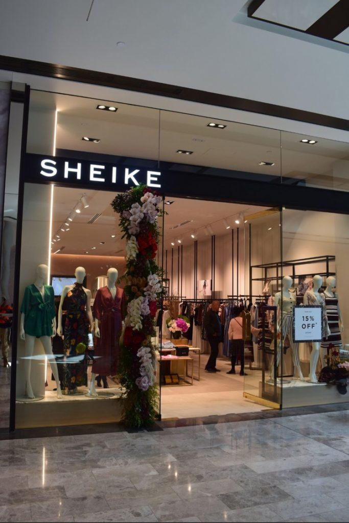 shop front logo lighting
