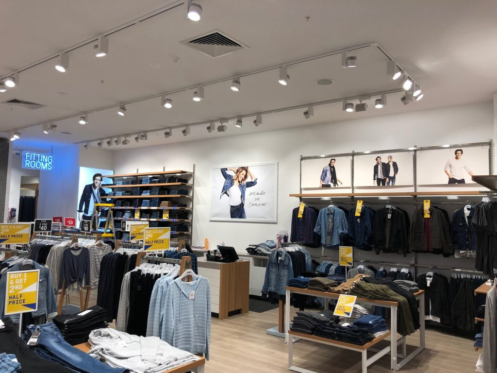 just jeans retail lights